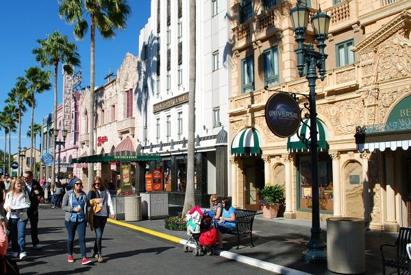 Florida Universal Street (www.free-city-guides.com)