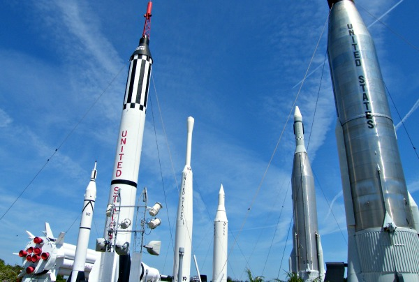 Orlando Kennedy Rocket Garden (www.free-city-guides.com)