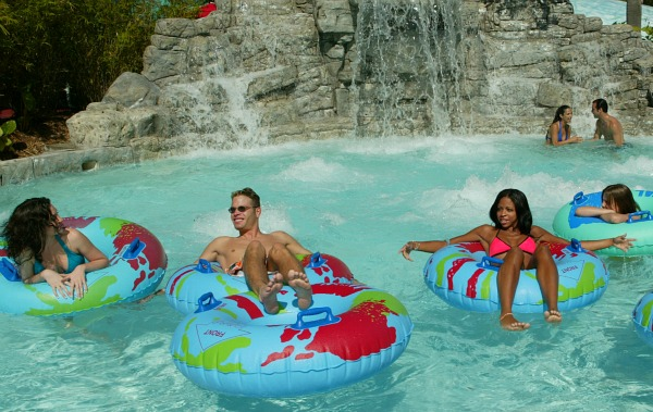 Orlando Wet n Wild Lazy River
