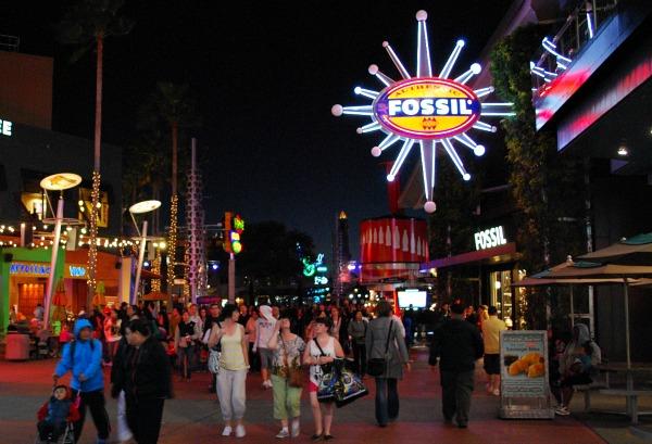 Orlando Universal Citywalk Fossil (www.free-city-guides.com)
