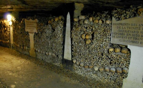 Paris Catacombs ossuary (www.free-city-guides.com)