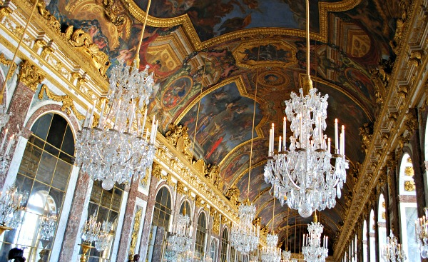Paris Versailles Hall of Mirrors (www.free-city-guides.com)