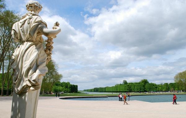 Paris Versailles Gardens (www.free-city-guides.com)