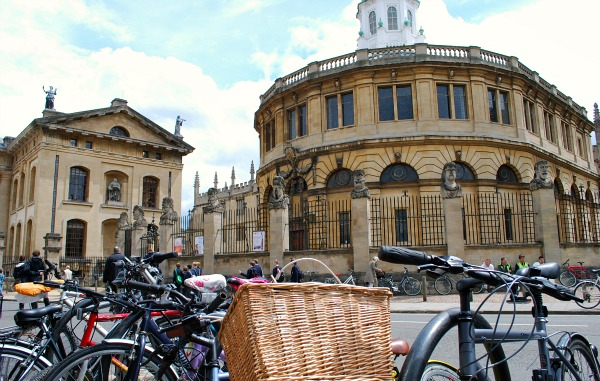 Oxford Sheldonian Theatre at the Bodleian Library (www.free-city-guides.com)