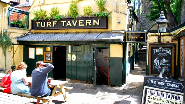 Oxford Turf Tavern (www.free-city-guides.com)