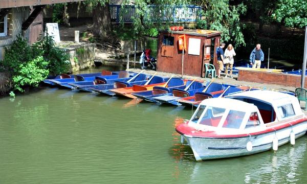 Oxford Boating Folly Bridge (www.free-city-guides.com)