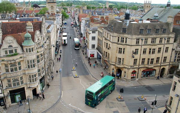Oxford Carfax Tower roads view (www.free-city-guides.com)