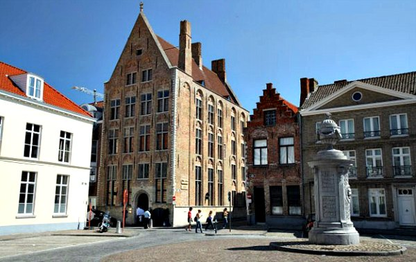 Bruges choco story museum exterior