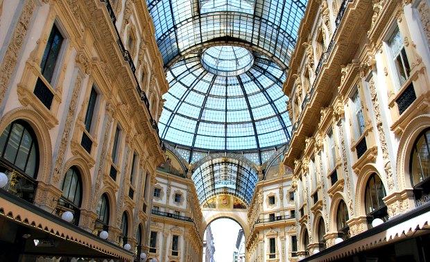 Milan Galleria Vittorio Emanuele Through