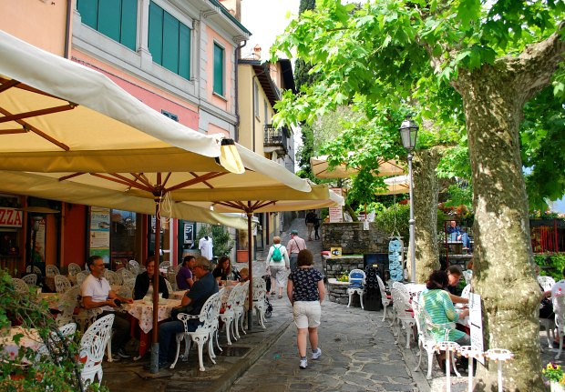 Como Varenna restaurants