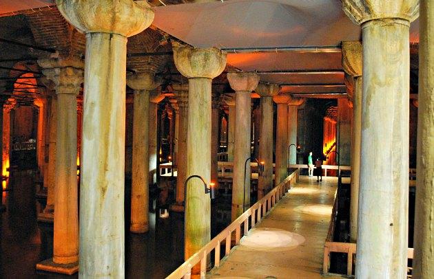 Istanbul Basilica Cistern Pathways