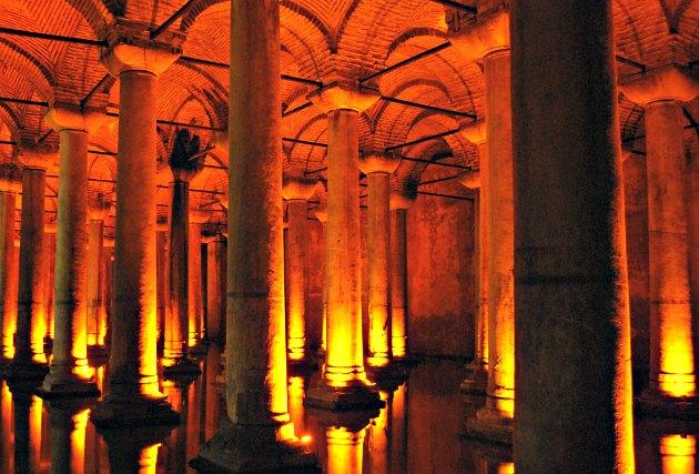 Istanbul Basilica Cistern lights