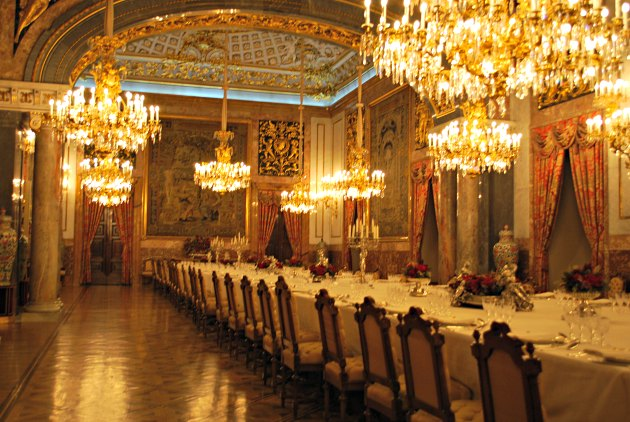 Madrid Palace Dining Room