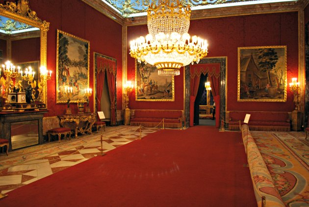 Madrid Palace Red Room