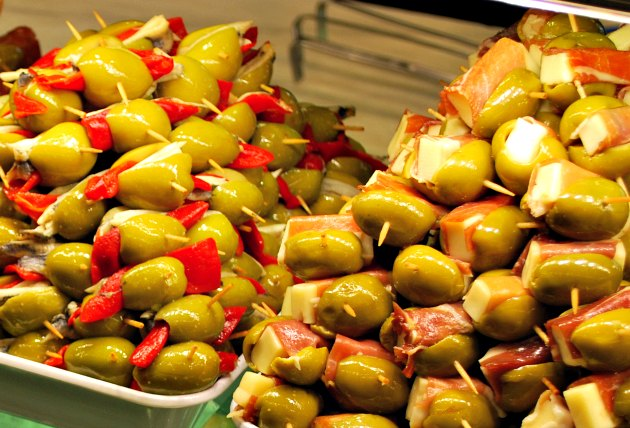 Madrid Mercado San Miguel Olives