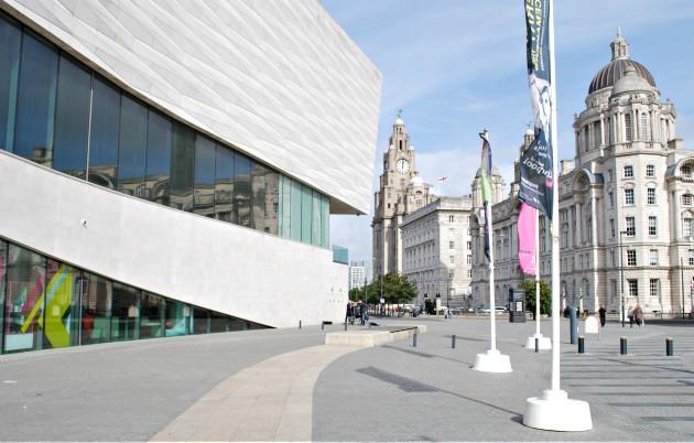 Liverpool City Museum External