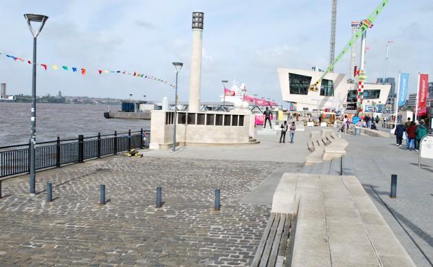 Liverpool Waterfront Museum Walkway