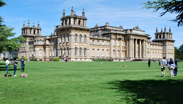 Oxford Blenheim Palace exterior