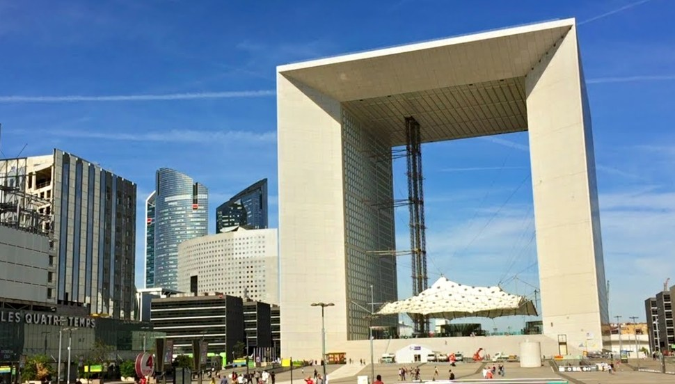 Paris La Defense Arche Daytime New