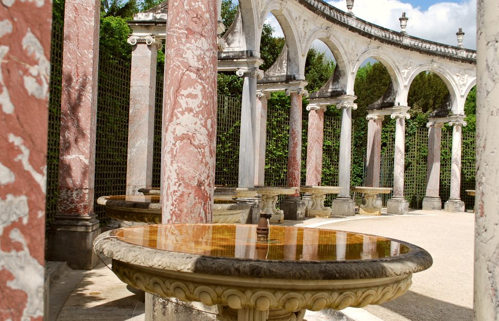 Paris Versailles Garden Columns